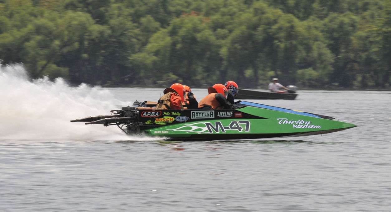 PRO Boat Racing
