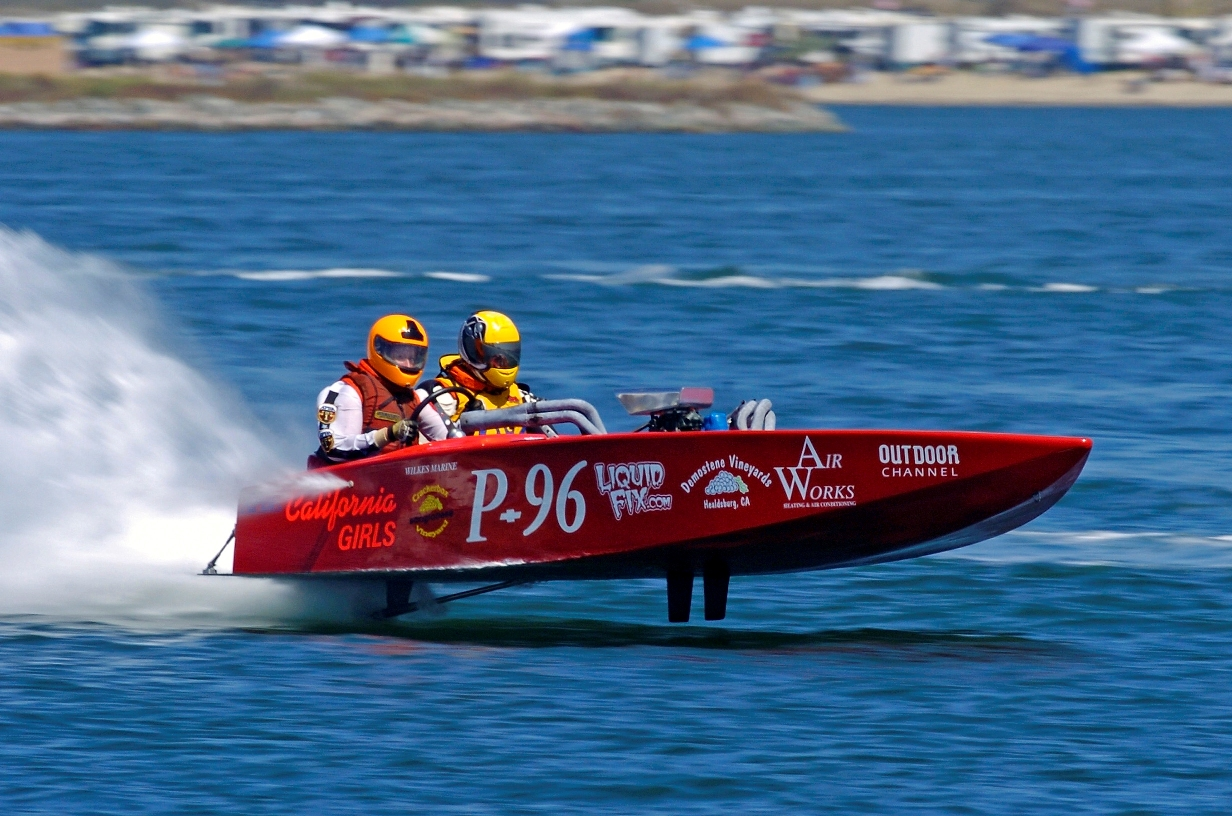 Flatbottom Boat Racing