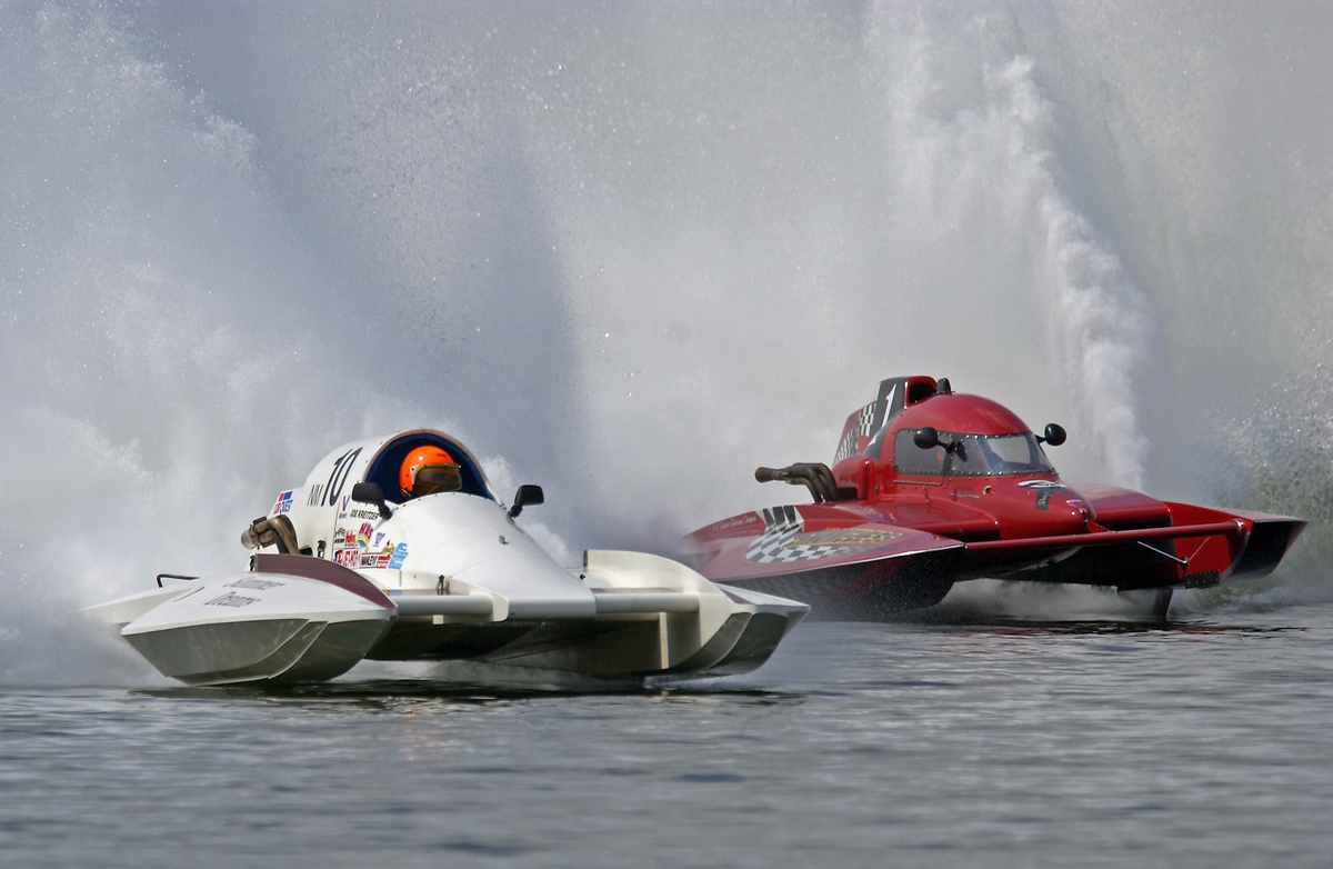 Inboard Hydroplane Powerboat Racing