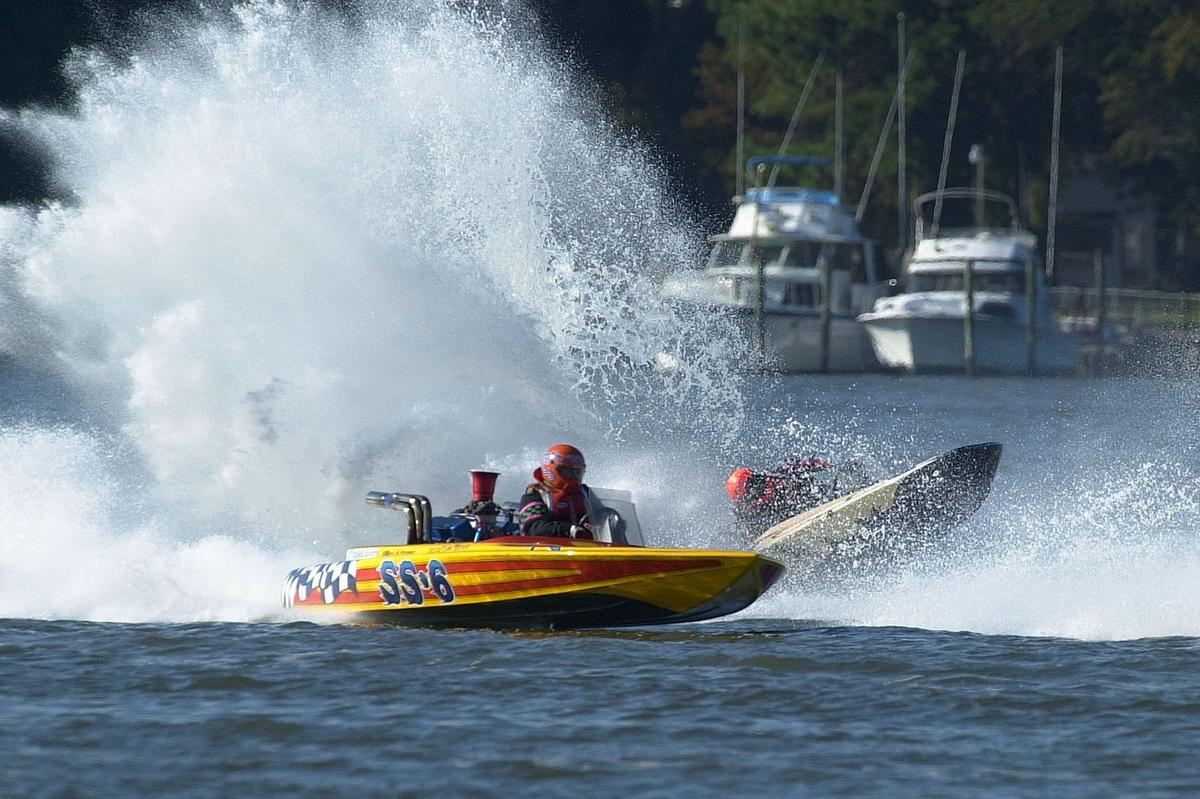Inboard Boat Racing