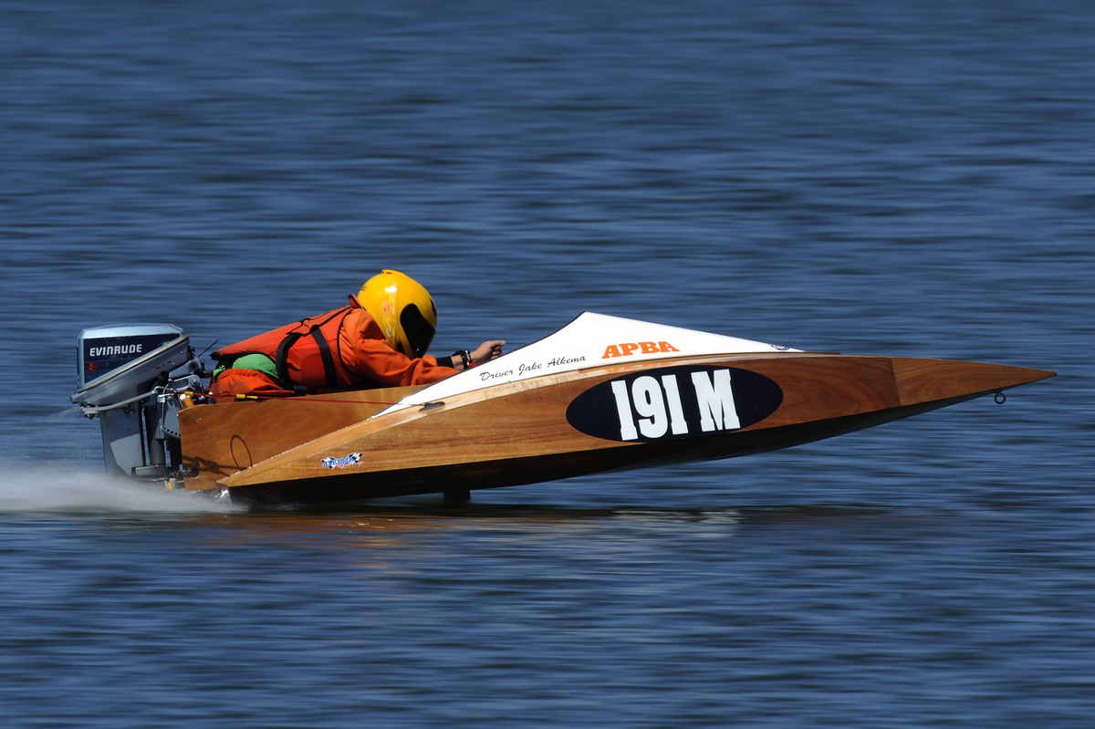Modified Runabout Racing