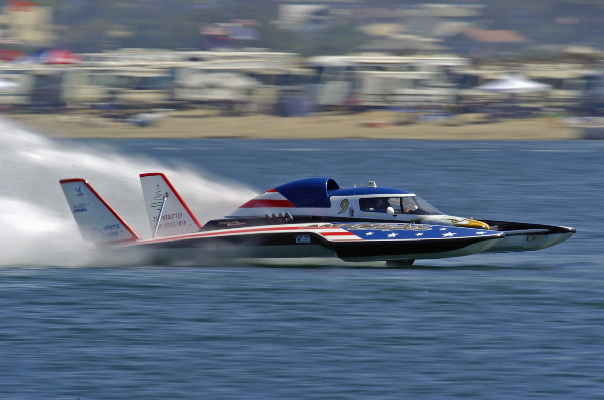 Unlimited Light Hydroplane Racing